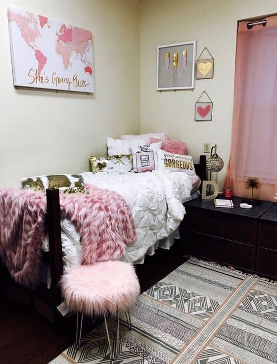 Pink Dorm Room: 21 Cute Dorm Rooms We're Obsessing Over